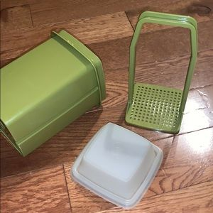 Veg Tupperware avacado color pickle olive holder